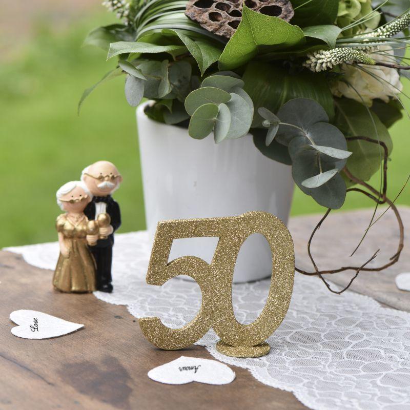goldene Hochzeit Tischdeko Pürchen verliebt