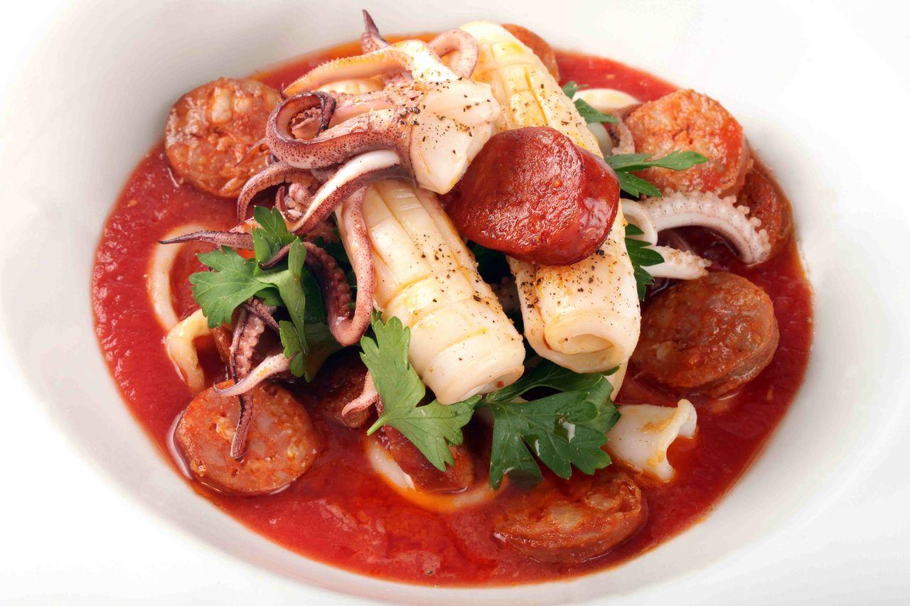 Tintenfisch Rezept für jeden Geschmack mit Tomatensoße