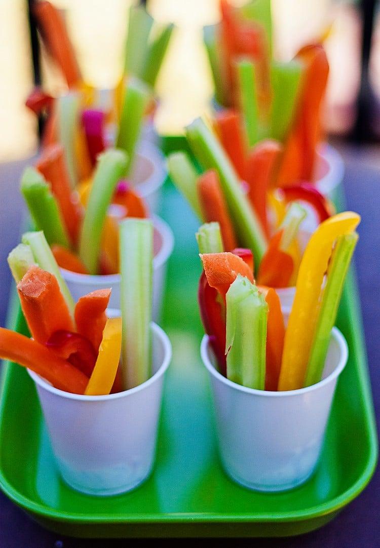 Fingerfood für Kinder gesund vegetarisch rohes Gemüse