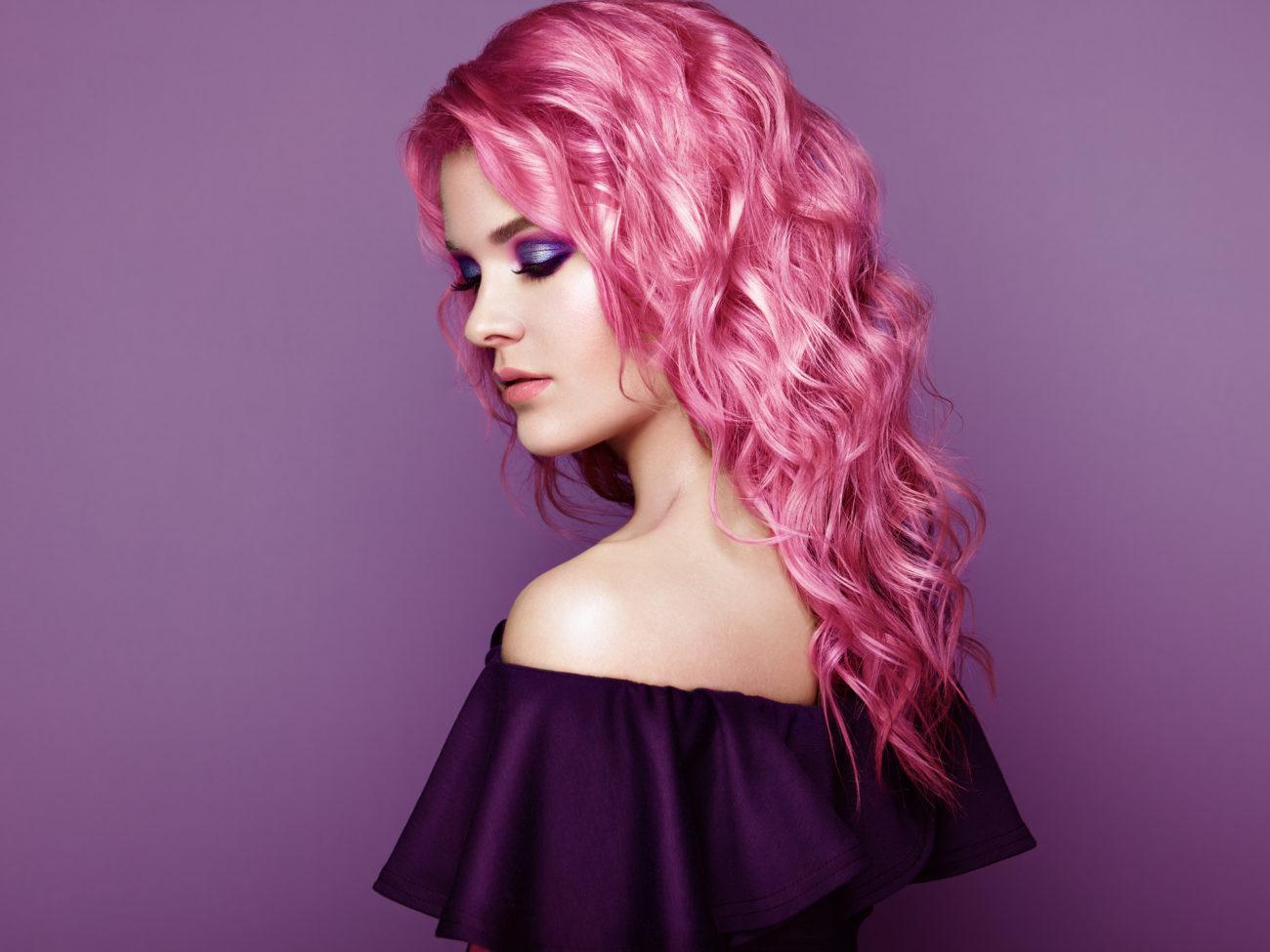 rosa Haare super stilvoll und angesagt