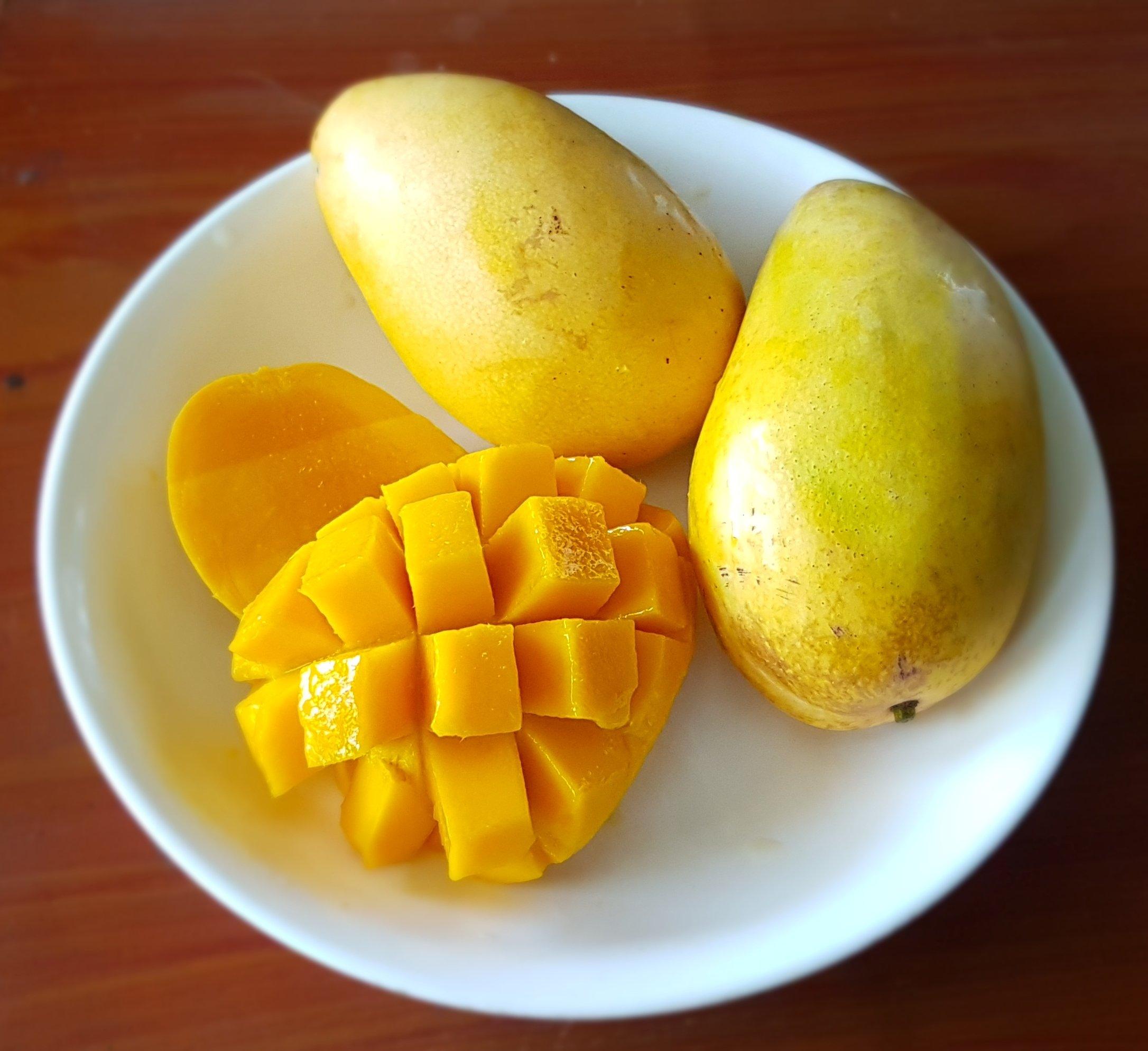 Haarmaske mit Mango für trockenes Haar