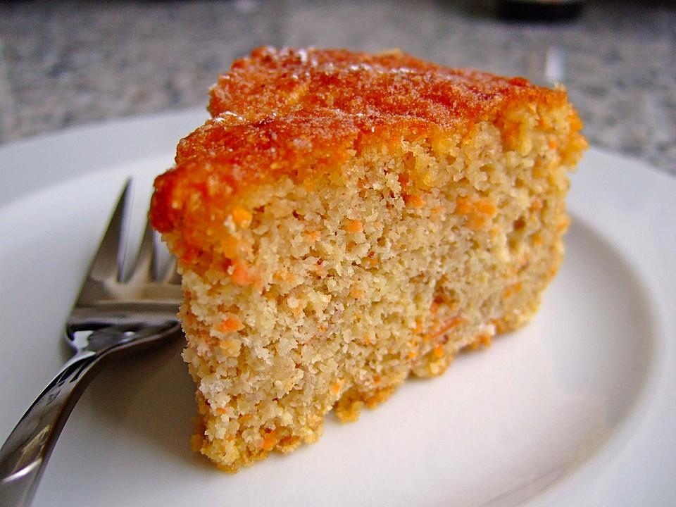 Karottenkuchen zubereiten Rezept