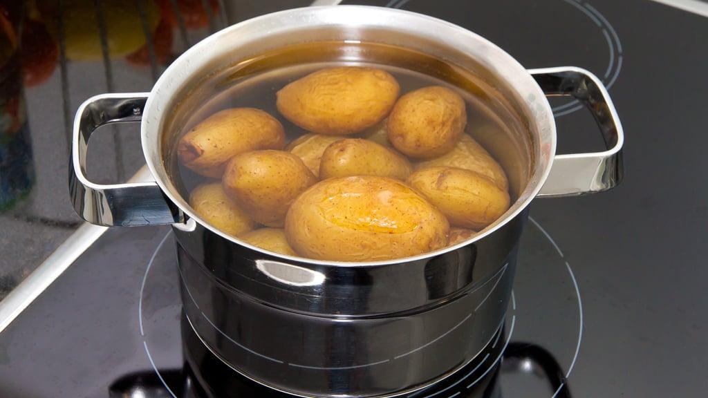 Kartoffeln kochen richtige Wassermenge