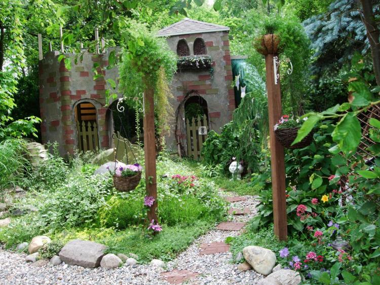 Spielplatz Spielhaus Burg Dschungel Garten