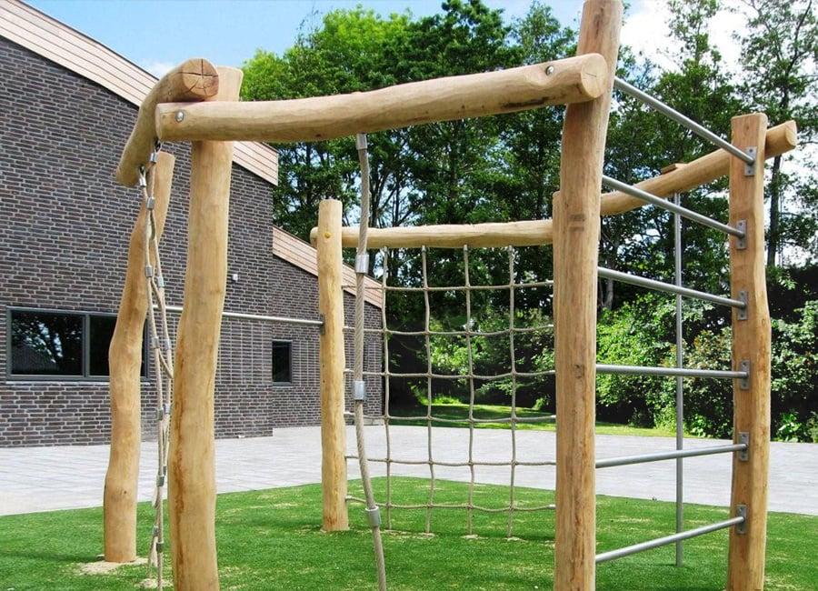 Klettergerüst bauen aus Treibholz