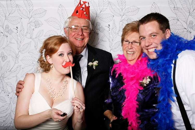Fotobox selber bauen Hochzeitsfotos aufnehmen
