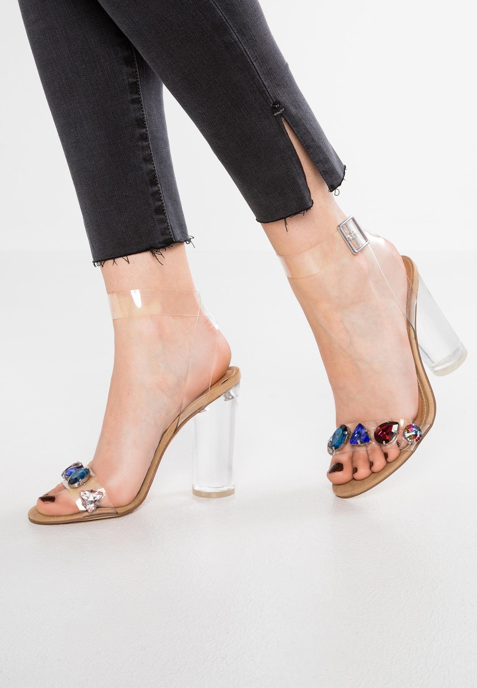 moderne Sandaletten Absatz transparent Sommer