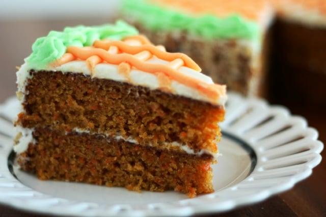 Karottenkuchen dekorieren tolle Ideen