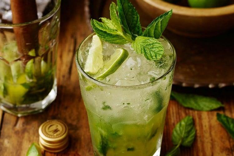 alkoholfreie Sommercocktails Mojito