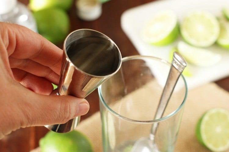 Mojito Rezept weißer Rum erfrischend Sommer