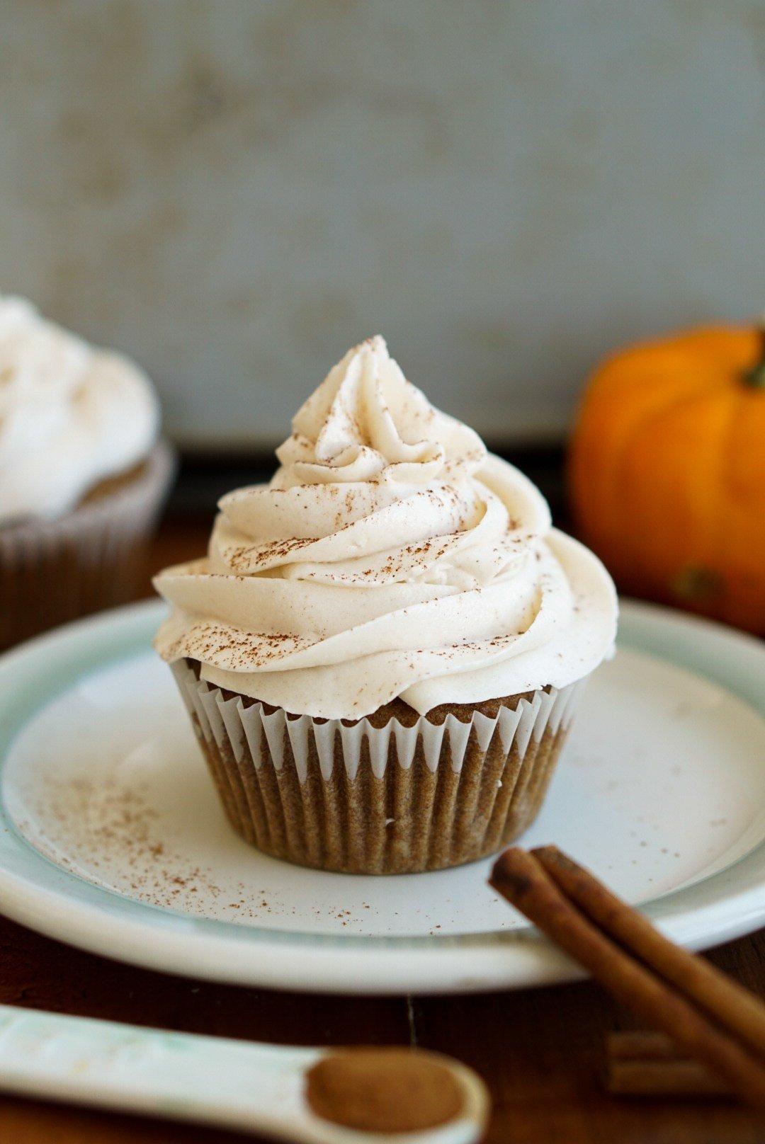 Cupcakes mit Sahnecreme köstlich vegan