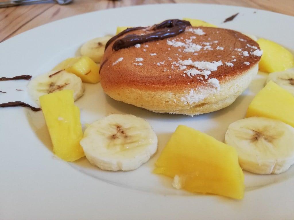 Pancakes japanischer Art Mango und Banane