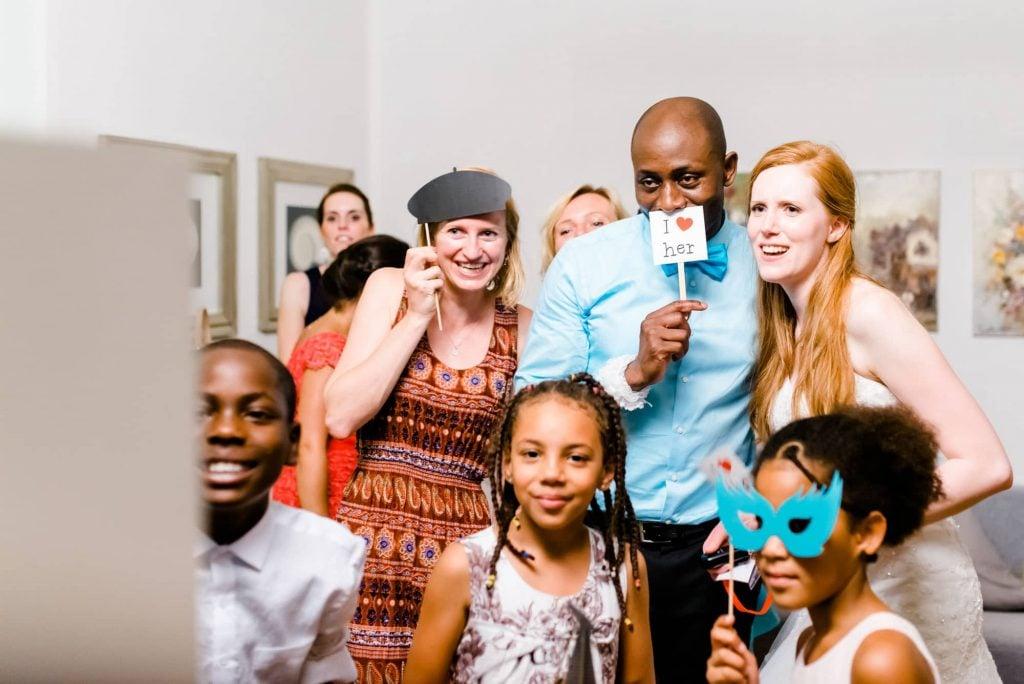 Fotobox selber bauen coole Partyfotos machen