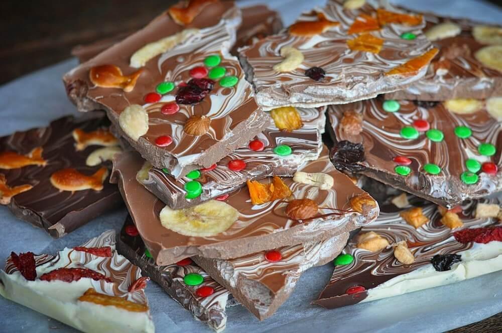 Weihnachtsschokolade selber machen und verfeinern Schokolinsen
