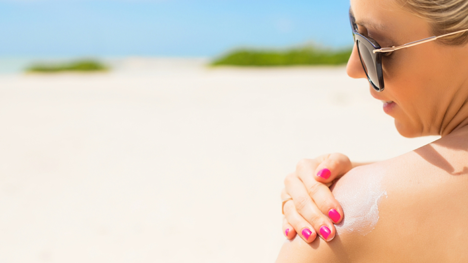 Sonnenschutz Sommer feuchtigkeitsspende Creme auftragen