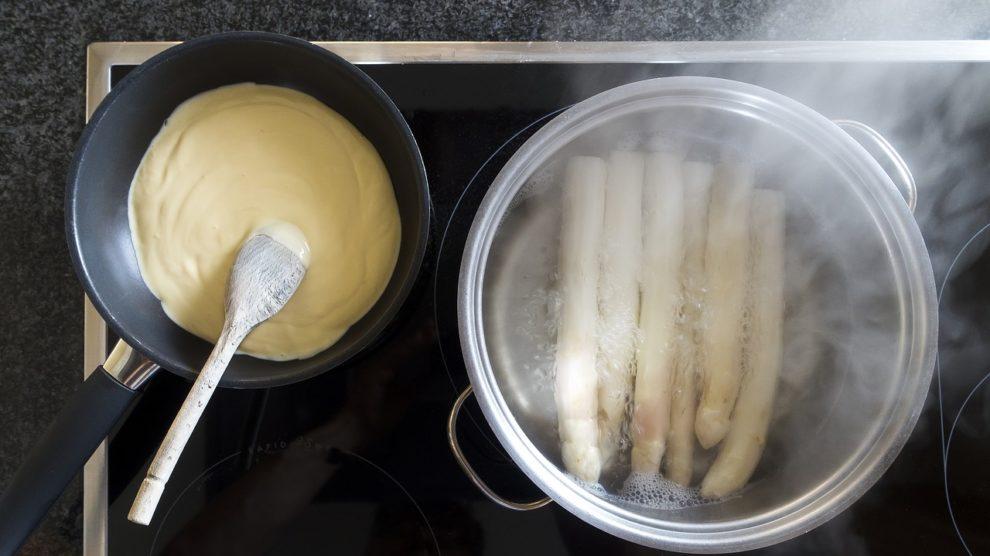 Spargel kochen mit Sauce Hollandaise