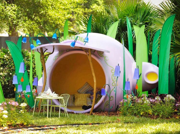 Spielplatz im Garten tolles Spielhaus für Mädchen