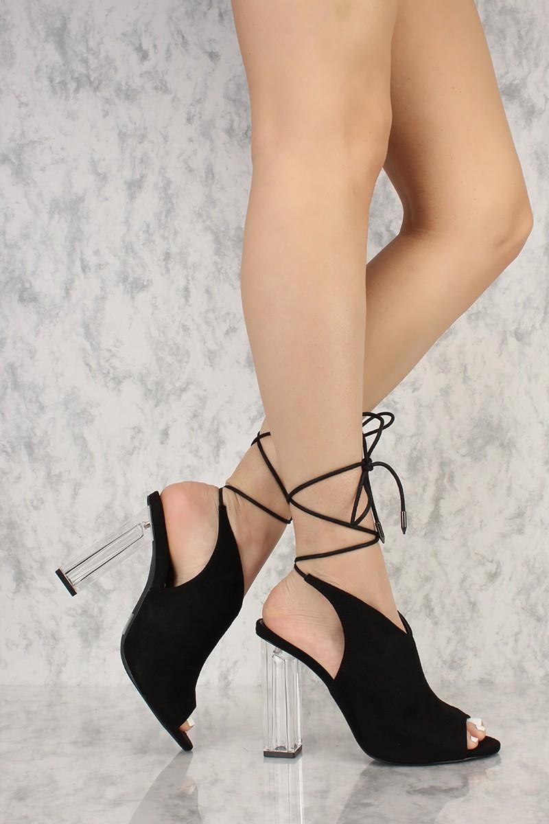 stilvolle schwarze Schuhe Absatz transparent