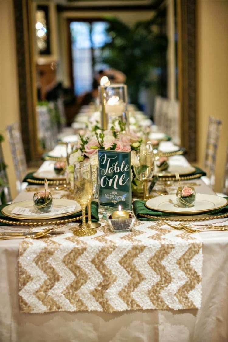 Tischdeko in Weiß und Golden stilvoll goldene Hochzeit
