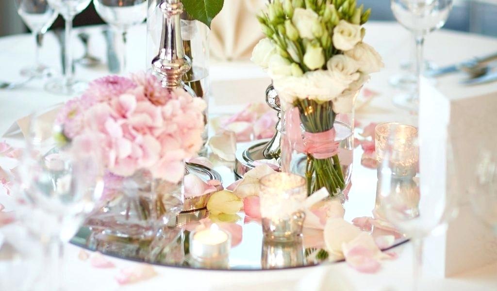 goldene Hochzeit Tischdeko wirklich stilvoll und romantisch