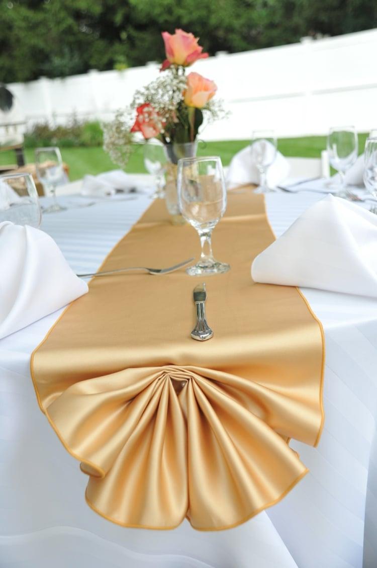 goldene Hochzeit Tischdeko Tischläöufer golden