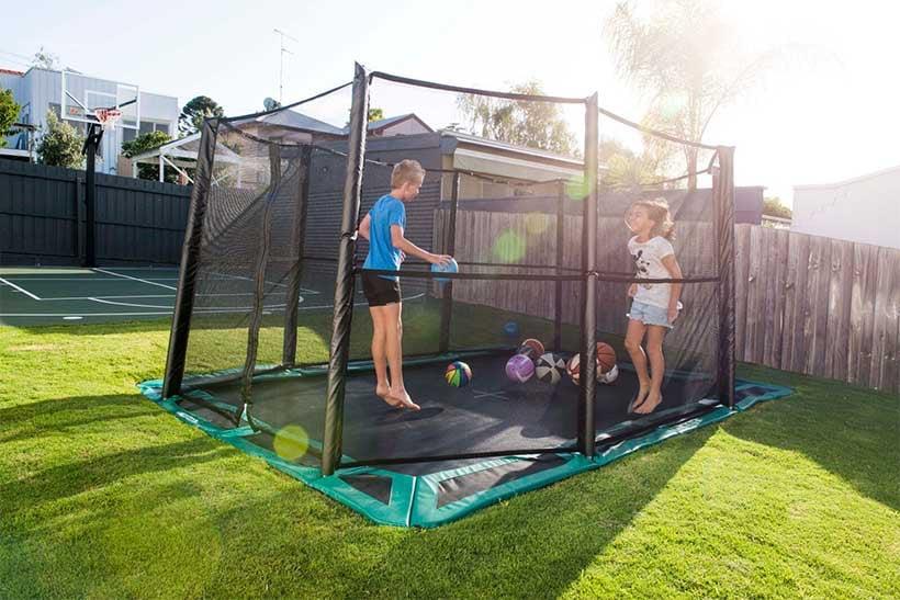 Bodentrampolin Spielplatz Kinder Sicherheitsnetz
