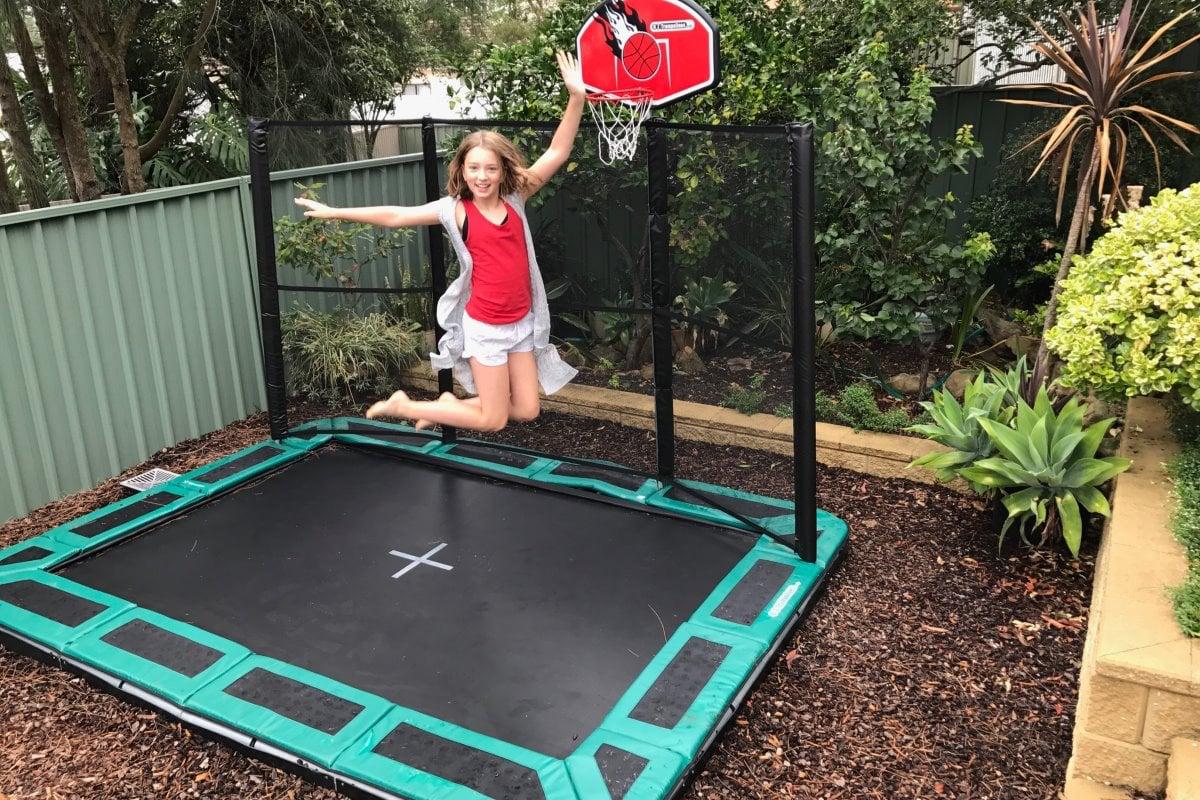 Bodentrampolin Basketball Spielplatz Kinder Garten