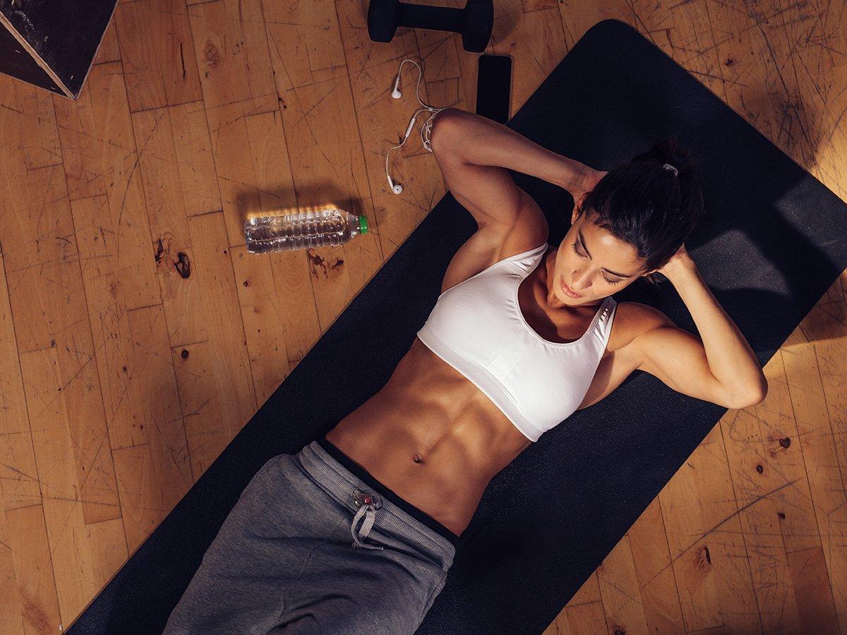 Bauchfett verbrennen die besten Übungen