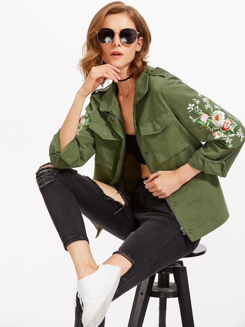 modische Utility Jacke dunkelgrün Ärmel Blumen