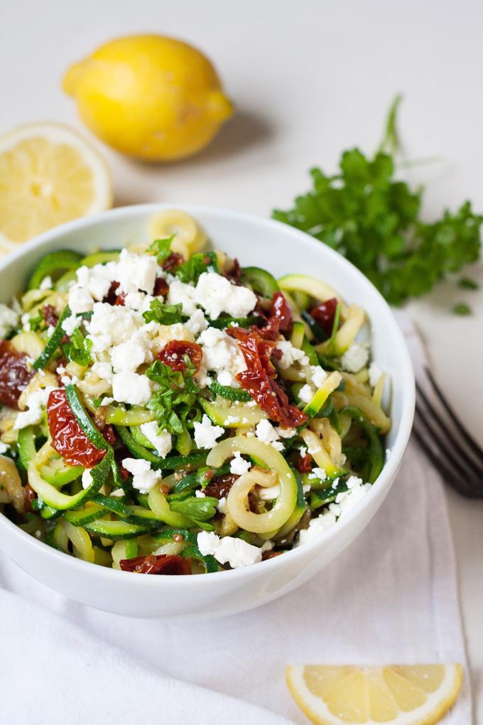 schnelle Sommer Rezepte Zucchini Spaghetti