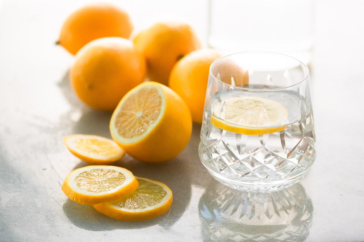 Wasser mit Zitrone Gesundheit Vorteile