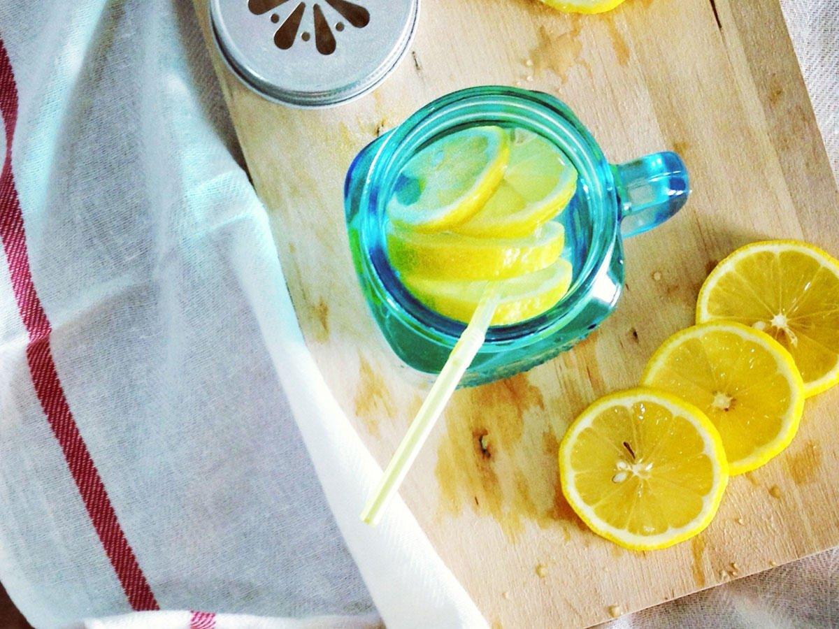 Zitronenwasser selber machen wie geht es