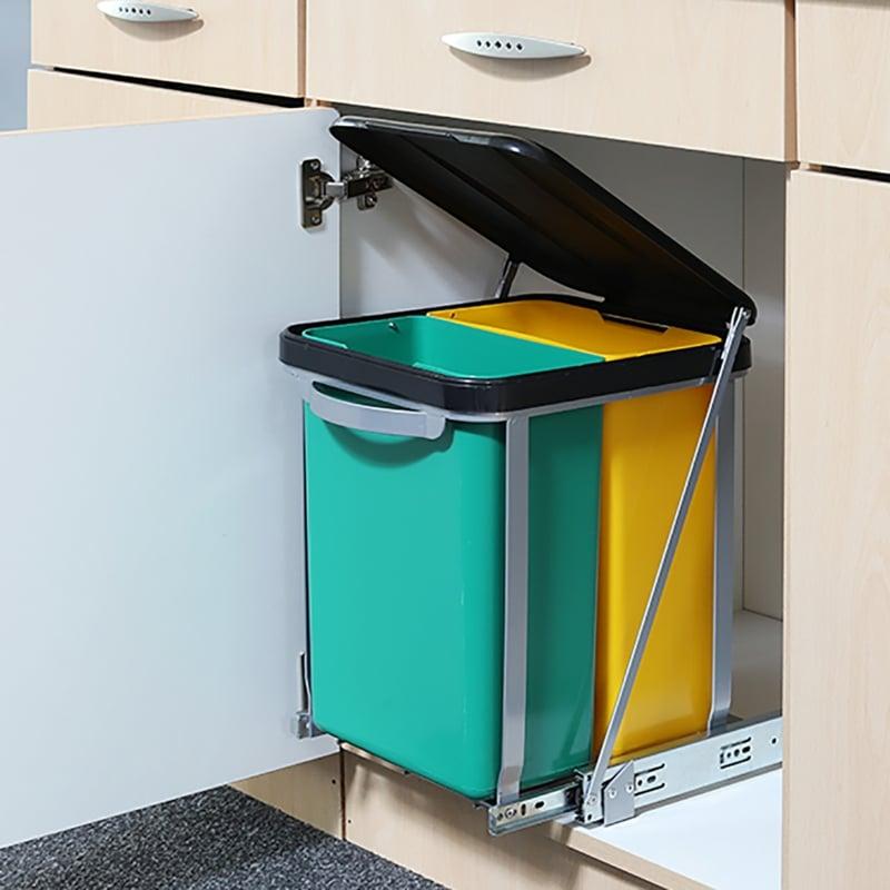 eingebauter Abfalleimer Plastikbehälter