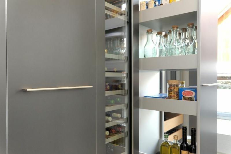 Küche einrichten Apothekerschrank