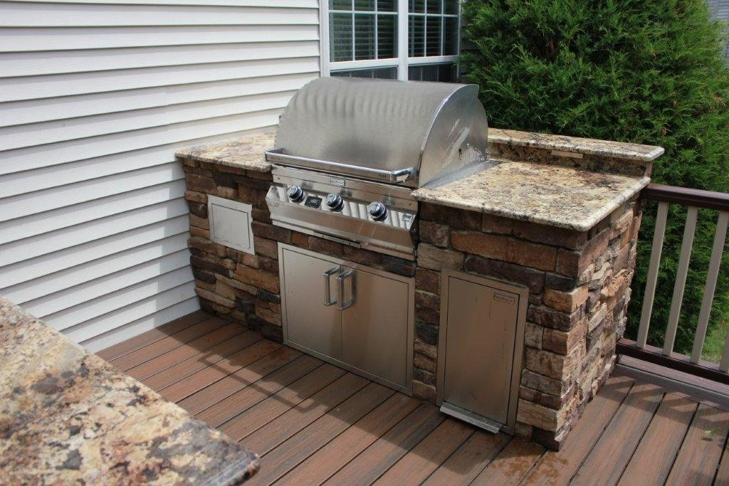kleine Küche Außenbereich Stein Grill