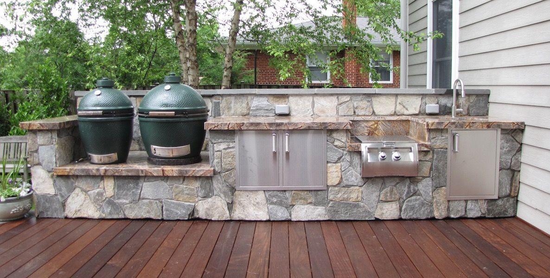 Küche Außenbereich ohne Überdachung Naturstein Grillplatz