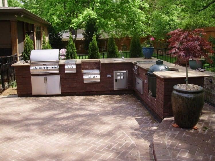 Außenküche einrichten Grill Spülbecken
