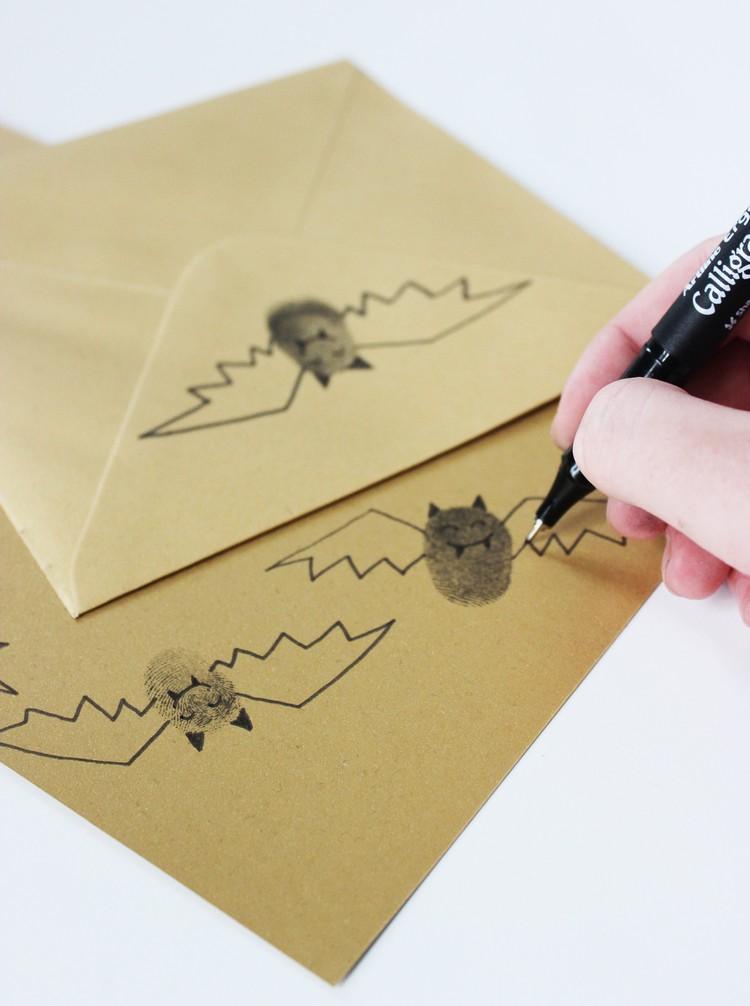 Einladungskarte Halloween Briefumschläge dekorieren