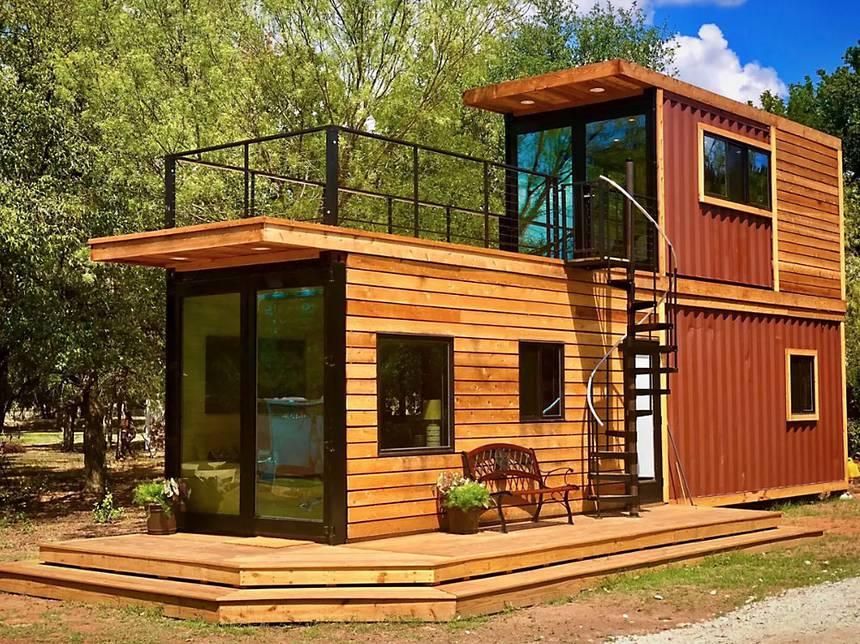 Traumhaus Wohncontainer mit Holz verkleiden