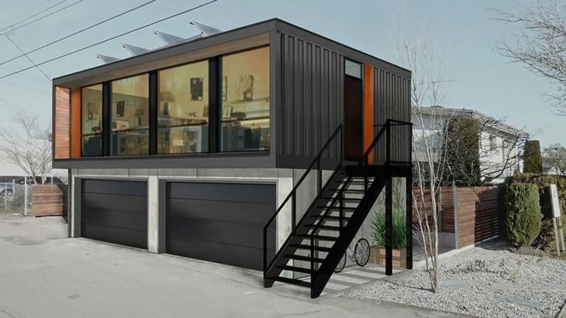 Container Haus mit Garage Treppe