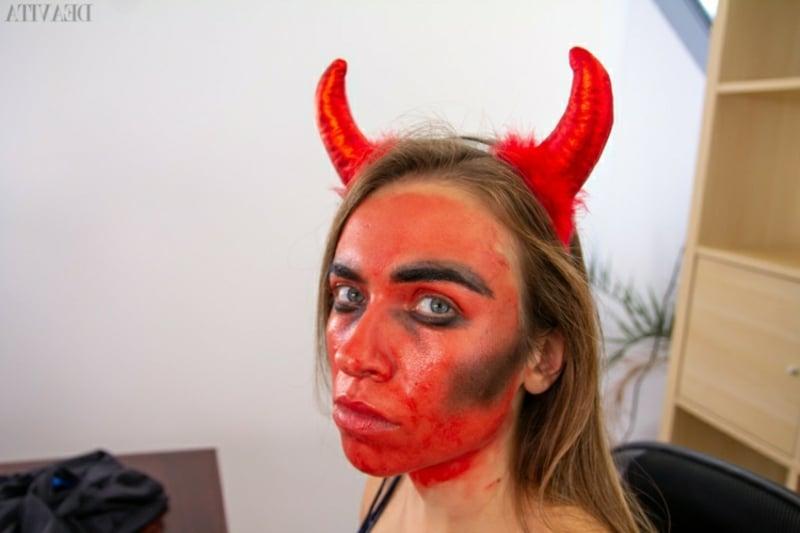 schnelles Make-up Dämon
