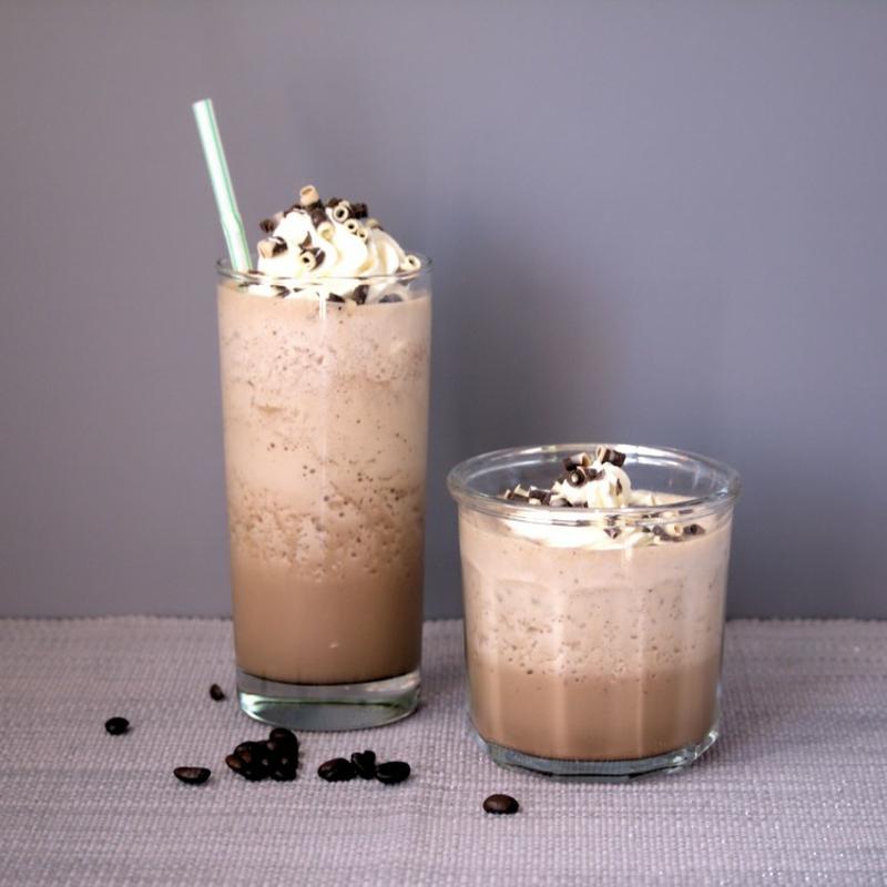 erfrischende Getränke Sommer Kaffee kalt