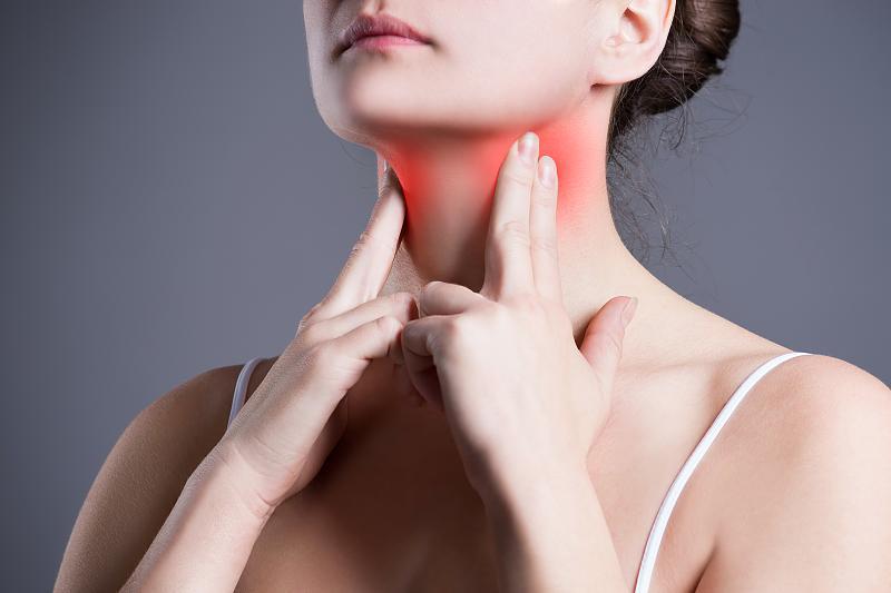 Hausmittel gegen Halsschmerzen wirkungsvolle Ideen