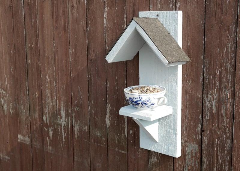 Vogelfutterhaus Holz Teetasse