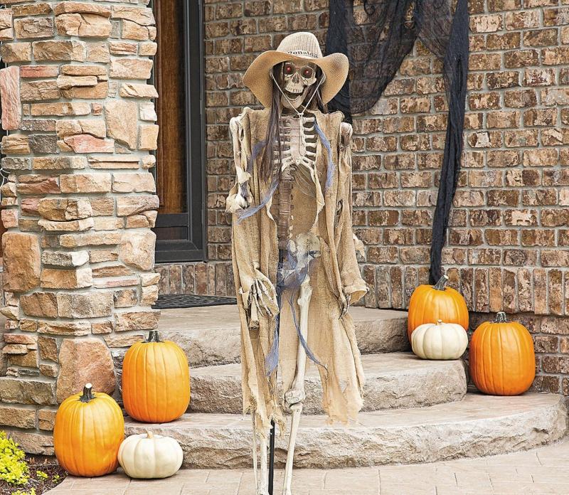 Halloween Deko Garten Skeletten