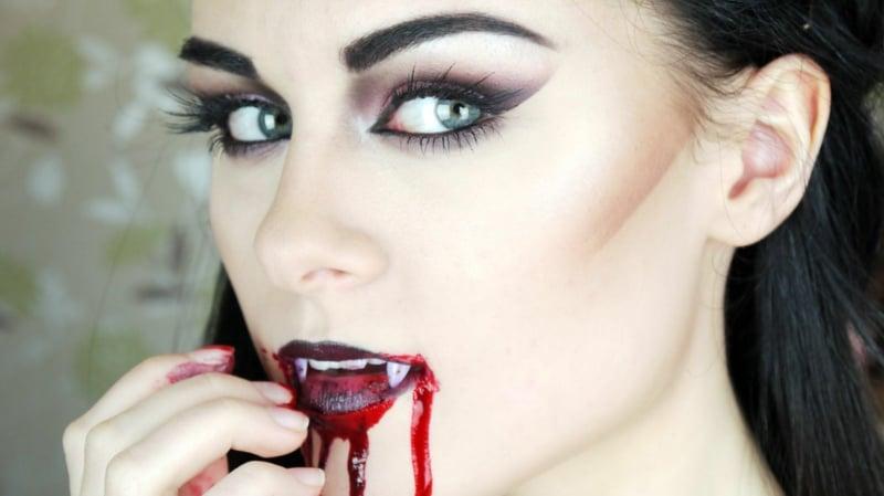 Halloween Schminken Vampir künstliche Zähne