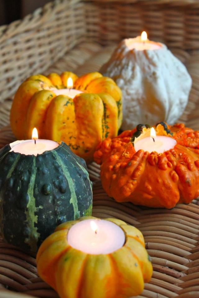 Halloween Deko Kerzenhalter aus Zierkürbissen