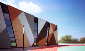 Verleihen Sie ein modernes Look jedem Gebäude mit HPL Platten