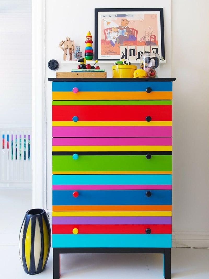 Kommode dekorieren bunt Kinderzimmer