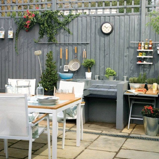Outdoor Küche mit Essplatz gemütlich Terrasse
